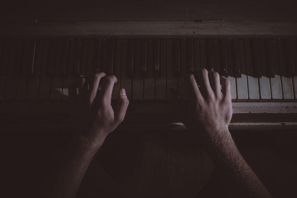 hands-music-musician-piano